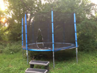Trampoline with enclosure 12 foot