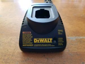 DEWALT 7.2V - 14.4V Battery Charger