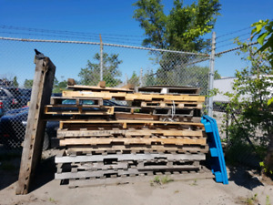 Free!!!!, Pallets, skids , fire wood,
