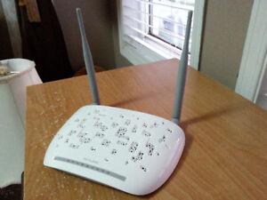 TP-Link 300Mbps Wireless N ADSL2+ Modem Router.