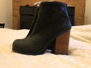 Soulier botte Jeffrey campbell 7