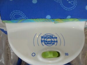 Fisher Price Calming Vibrations Rocker Chair - Excellent Shape Kitchener / Waterloo Kitchener Area image 4