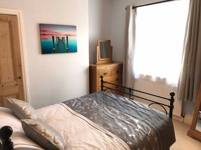 ELEGANT COUPLES Room CANNING TOWN