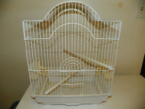 SMALL BIRD CAGE WITH TWO PERCHES AND 2 FOOD DISHES