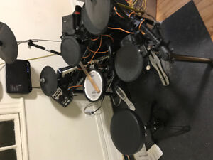 Roland TD11  Electronic drum kit for sale negociable