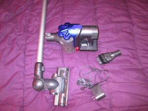 Dyson cordless vacuum handheld-only works on normal mode-READ