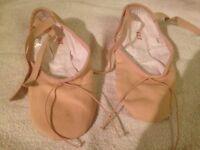 Ballet shoes split soles size 5