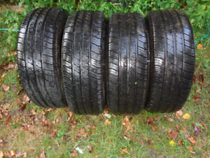 Pneus 4 saisons 185/65R14 Michelin