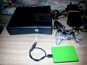 Xbox 360 Slim Elite 250GB + 19 games + 2 TB Xbox 1 hard drive +