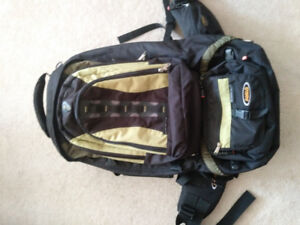 ASOLO Backpack Elle 70L with Daypack and Waistpack