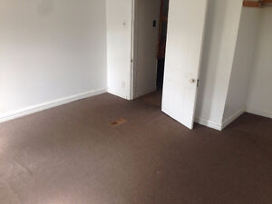 Subletting Bedroom near Downtown