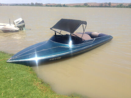 Camero Ski Boat immaculate with low - 130 Engine hours Plympton West Torrens Area Preview