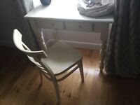 Dressing side table and chair