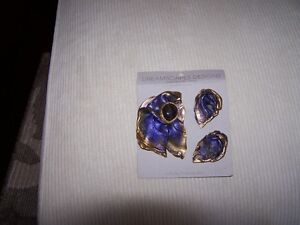 Handcrafted Pin and Pierced Earring set