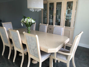 Bleached Oak Dining Room set for Sale! PRICED TO SELL