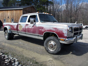 Looking for Cheap Dually Trucks