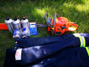 Husqvarna 450 chainsaw and accessories