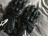 BNWT Alpinestars medium motorbike gloves