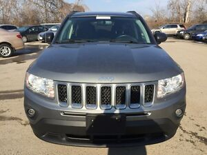 2012 JEEP COMPASS SPORT/NORTH * 4WD * LOW KM * $0 DOWN LOANS London Ontario image 9