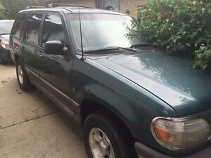 1996 Ford Explorer suv for sale for parts price reduced