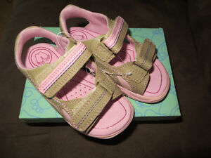 Wee Walkers Girls Sandals Toddler size 8
