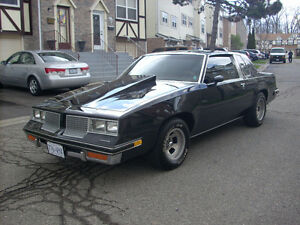 1983 Oldsmobile Cutlass Coupe (2 door)