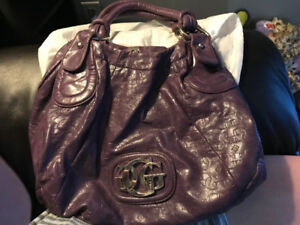 Guess Purse in great condition