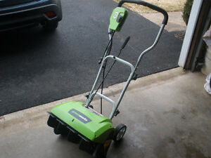 GREENWORKS 16 INCH ELECTRIC SNOW BLOWER