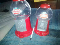 2 double bubble plastic gumball machines