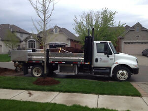 2006 International 4200 Landscape Truck