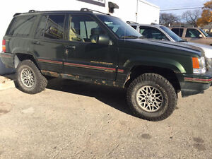 1995 Jeep Grand Cherokee ORVIS 4X4 SUV-AS IS