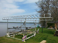 3500 lb naylor boat lift with roof