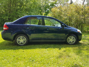 2008 Nissan Versa **REDUCED**