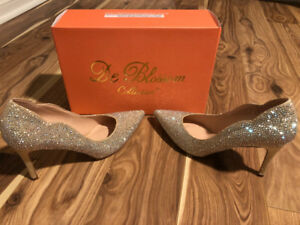 Woman's heels perfect for prom or wedding !