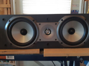 Paradigm Center Channel cc 270 in Good Condition