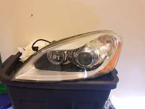 2011 Volvo XC 60 xenon headlight