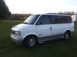 2000 GMC Safari Minivan, Van