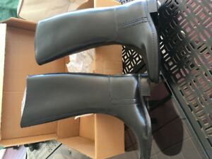 Brand new girls riding boots