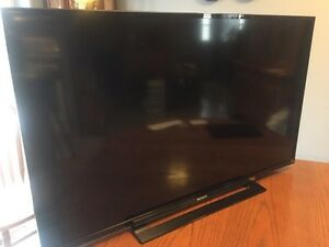 "Sony Bravia 46""LCD tv for parts or repair"