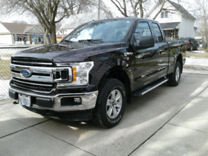 2018 Ford F-150 XLT 4WD Super Cab Truck. LEASE TAKEOVER