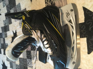 Ccm tacks skates size 4