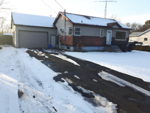 Bungalow For Sale In A Superior Location