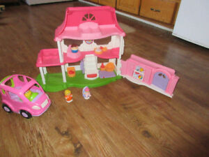 little people happy sounds doll house and van