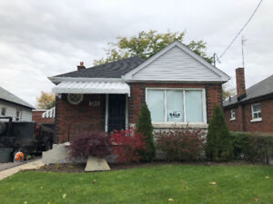 FOR SALE $424,999.00 Detached Home in Oshawa, Ontario