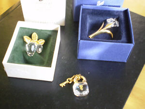 3 - Swarovski Crystal Memories Brooches/Pins and Pendant Kitchener / Waterloo Kitchener Area image 2