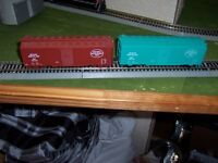 ho scale model train ontario northland 40' box cars