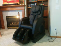 Massage Chair Oasis 6500 - Moving out of the country, must sell