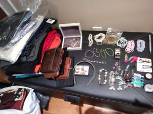 WOMEN'S JEWELRY BOXES, PURSES,ANKLETS,HAIR STONED CLIPS MUCH MOR