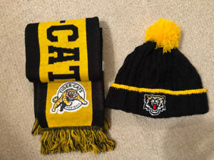 Hamilton Tiger-Cat Scarf and PomPom Hat Like New