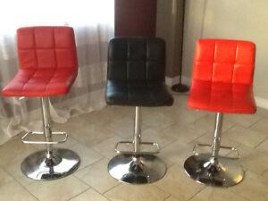 3 chaises haute / Tabouret bar réglable Corliving à dossier haut Gatineau Ottawa / Gatineau Area image 3